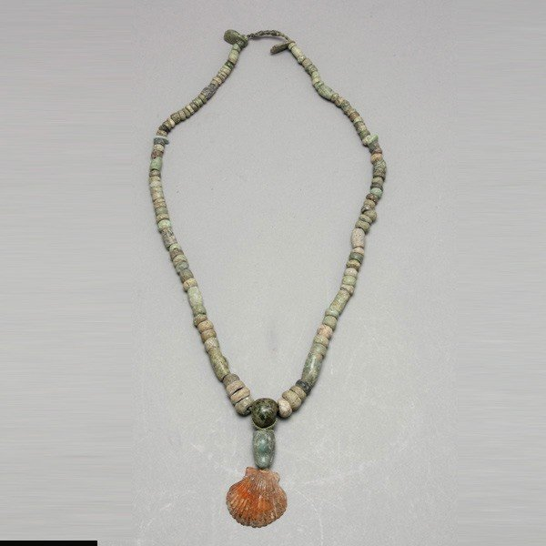 1006: Long strands pre-columbian stone and jade beads