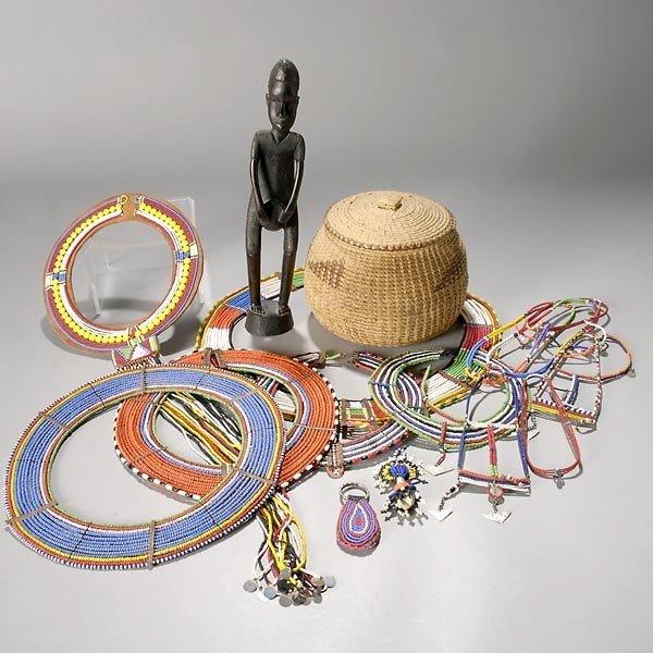 1013: lot of maasai beadwork ornaments