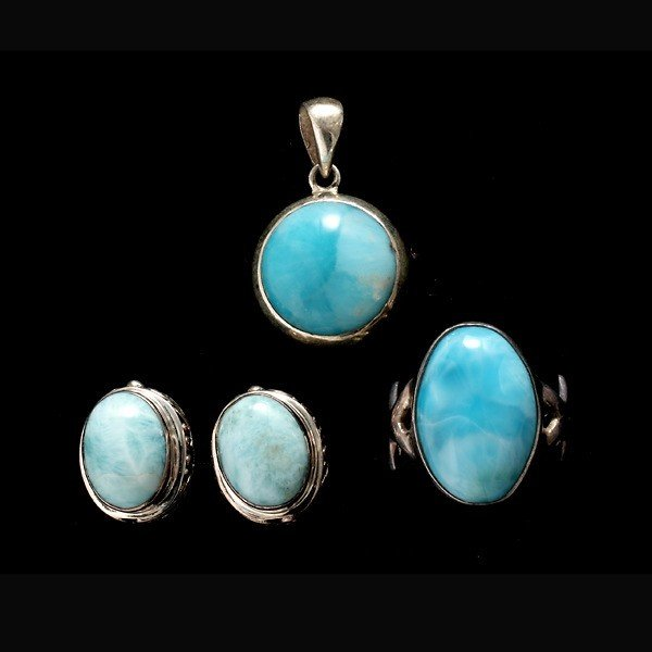 14: LARIMAR, STERLING SILVER JEWELRY SUITE.