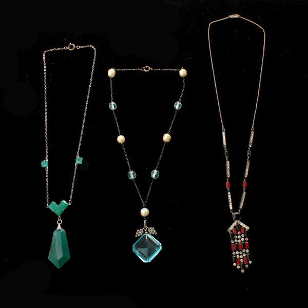 23: COLLECTION OF THREE DECO COSTUME NECKLACES.