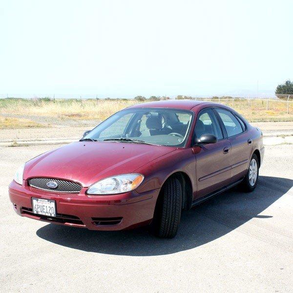 1: 2004 Ford Taurus SE, 38,600 miles
