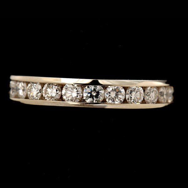20: DIAMOND, 14K WHITE GOLD RING.