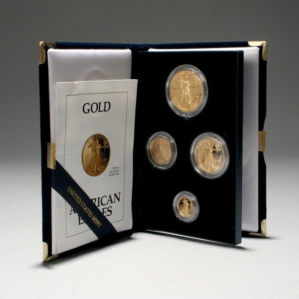1002: U.S. 1992 Gold Bullion Coins Proof Set.