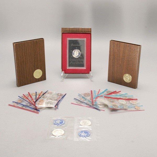 1146: Nineteen Uncirculated U.S. Mint Sets.