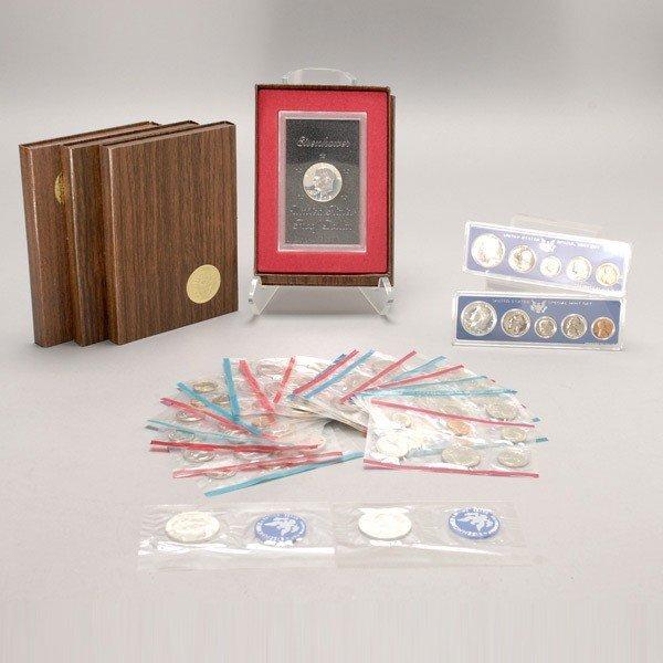 1147: Fifteen Uncirculated U.S. Mint Sets (1972-1993).