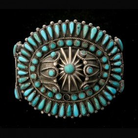 12: NATIVE AMERICAN TURQUOISE, SILVER BRACELET.