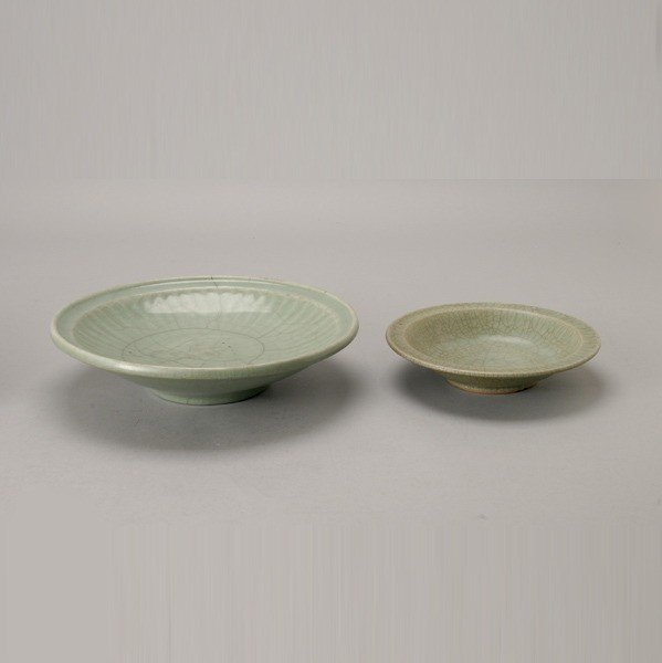 6192: Two Ming Dynasty Celadon-Glazed Chargers