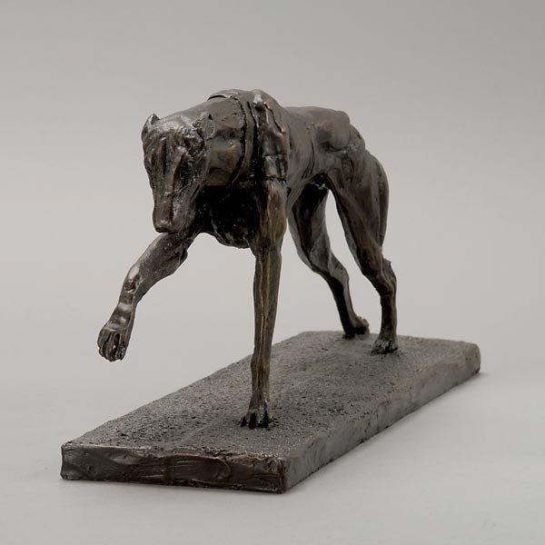 805: Greyhound Paperweight, Stand & Dog in Racing Silks - 3