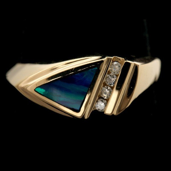 84: OPAL, DIAMOND, 14K YELLOW GOLD RING.