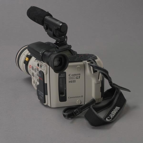 509: Canon L1 Digital 8mm Video Camera Recorder; - 2