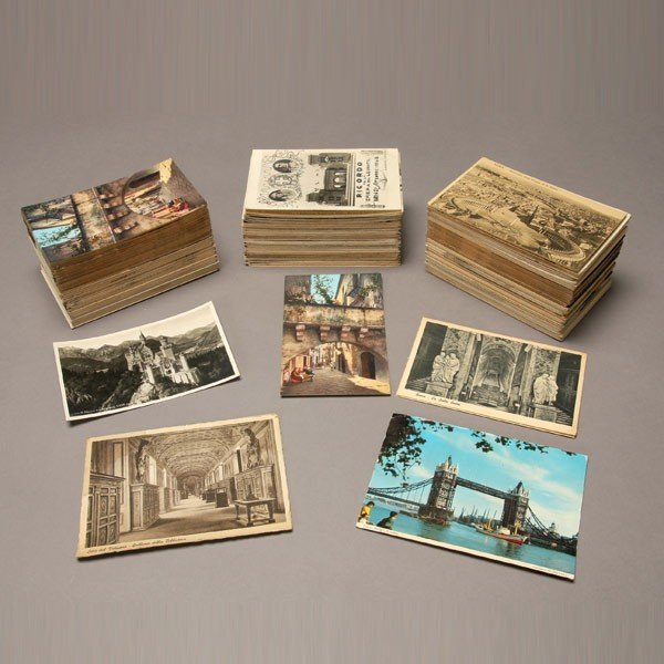 1022: Collection of Over 500 International Postcards.