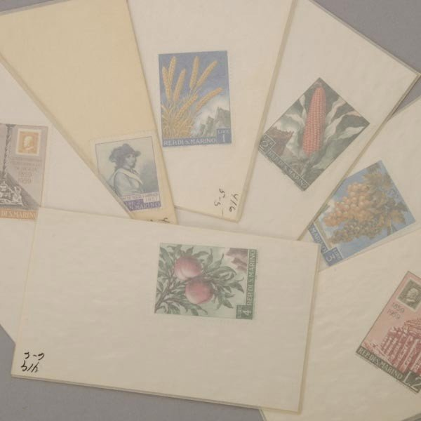 1087: International Stamp Collection. - 5