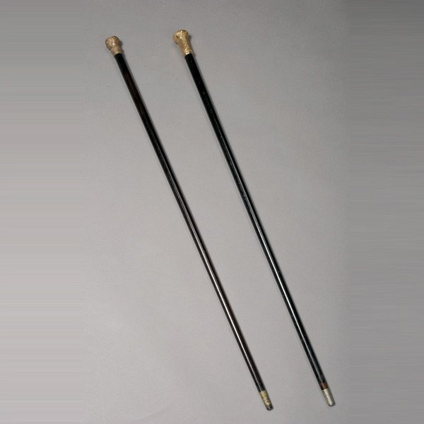 1010: Two Gold Topped Canes