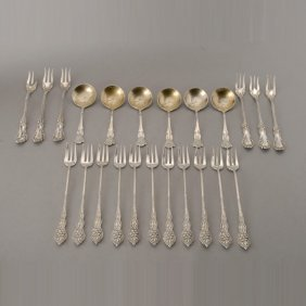 23 Pieces Of American Sterling Flatware, Narcissu
