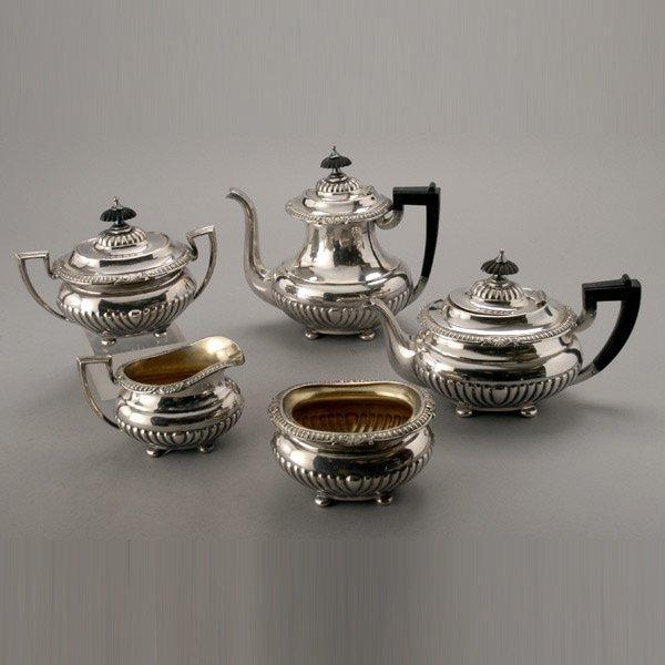 1065: Reed & Barton Silver Plate Teaa & Coffee Service