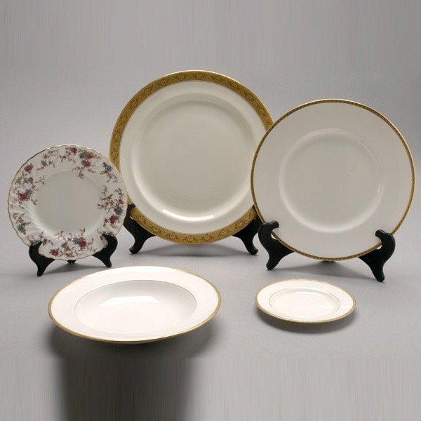 690: Minton Bone China Partial Dinner Service