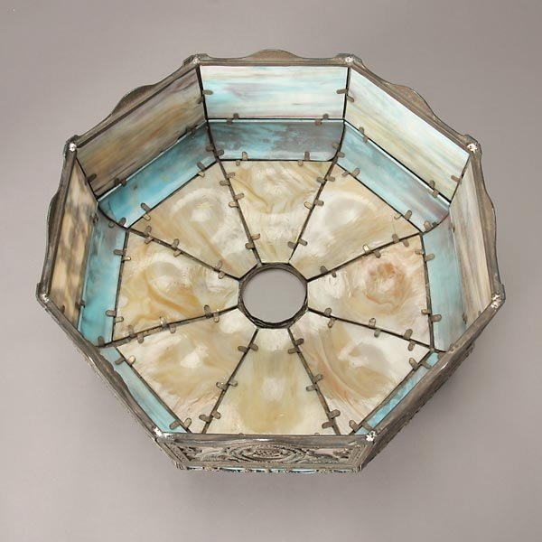 735: Miller Butterscotch and Azure Slag Glass Table Lam - 6