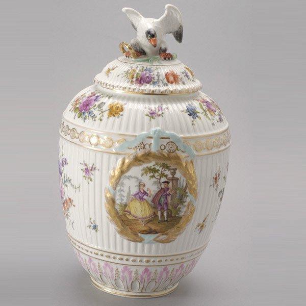 1079: German KPM Porcelain Covered Potpourri Urn