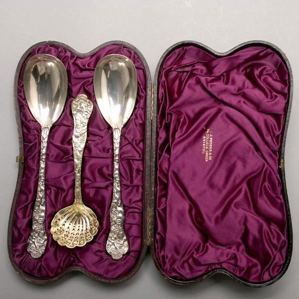 1093: Victorian Cased Set Sterling Spoons