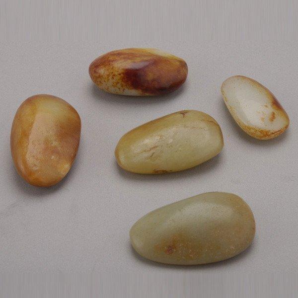 8006: Five Small Jade Pebbles