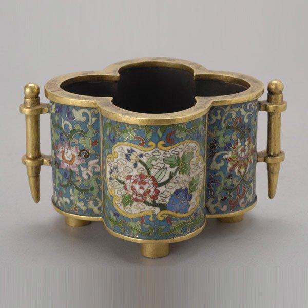 8138: A Quatrefoil Cloisonné-Enameled Censer, Late Qing