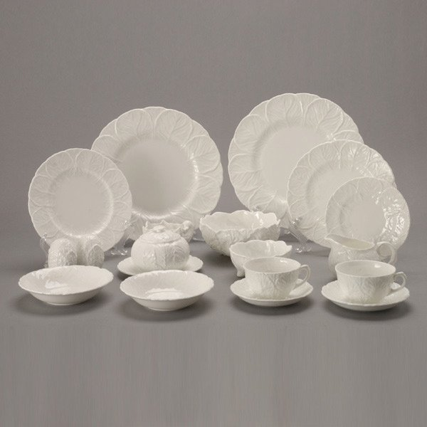 462: Coalport Bone China Countryware Service (49)