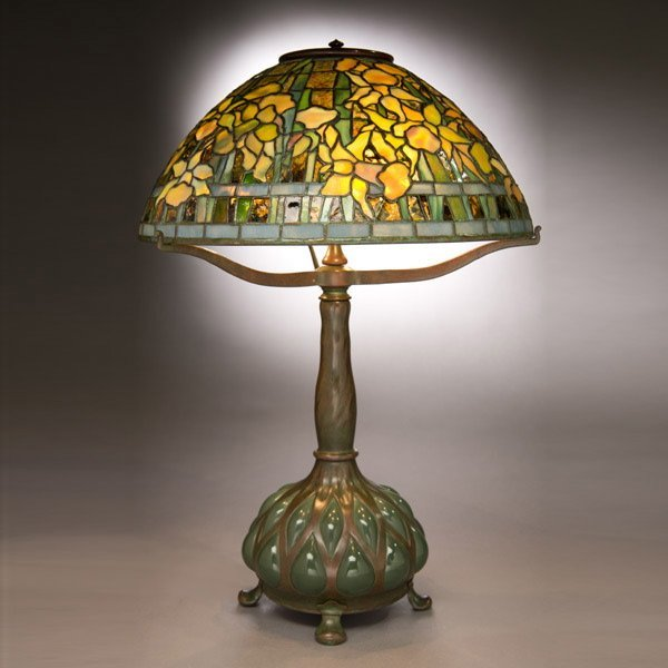 15: Tiffany Studios Daffodil Table Lamp