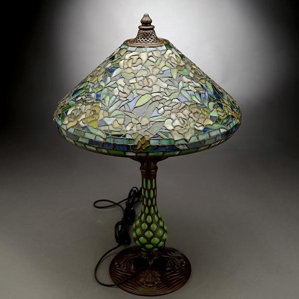 119: Tiffany Studios Rambling Rose Table Lamp - 5