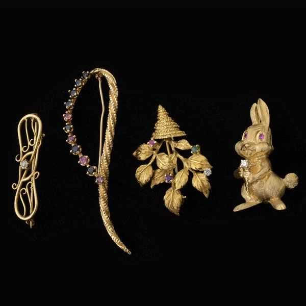 COLLECTION OF FOUR MULTI-STONE, GOLD BROOCHES.