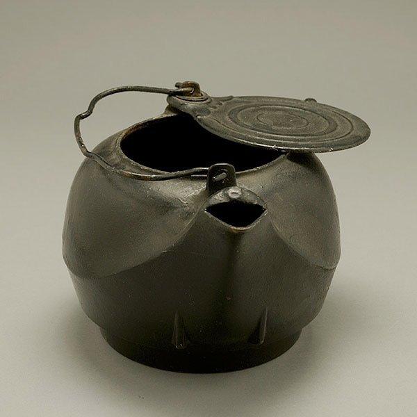 Japanese Cast Iron Kettle - 3