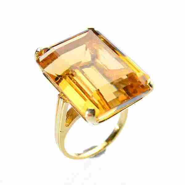 Citrine, 14k Yellow Gold Ring.