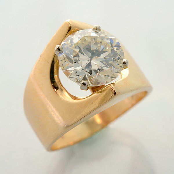 Diamond, 14k Yellow Gold Ring.