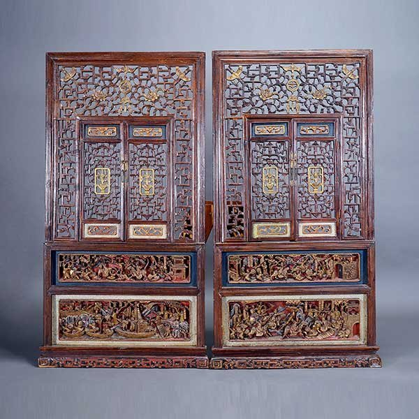 A Pair of Lacquered and Gilt-Painted Windows, Qing