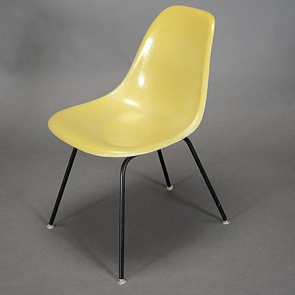 Herman Miller Eames Bucket Chair and Shell Chair - 2