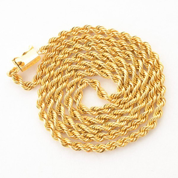 14k Yellow Gold Neck Chain.