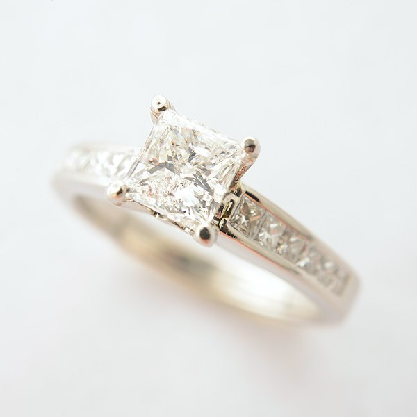 Diamond, Platinum Ring.