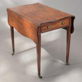 Federal Flame Mahogany Pembroke Table