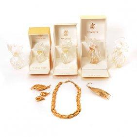 Five Nina Ricci Air Du Temps Perfume Bottles And