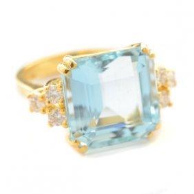 Aquamarine, Diamond, 18k Yellow Gold Ring.