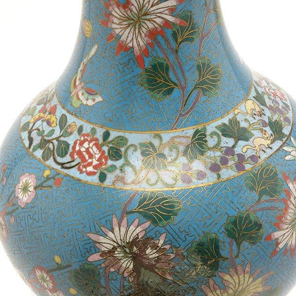 A Cloisonn Enamel Vase, Late 18th/Early 19th C. - 4