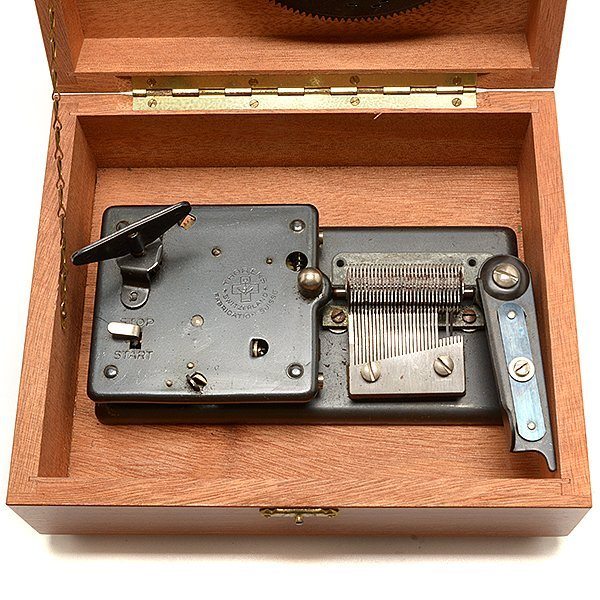 Thorens Swiss Cased Music Box with Discs - 3