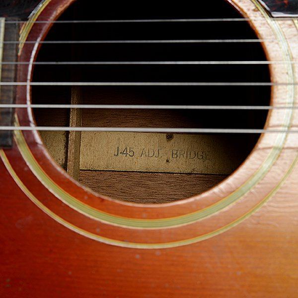 Gibson J45 Acoustic Guitar - 4