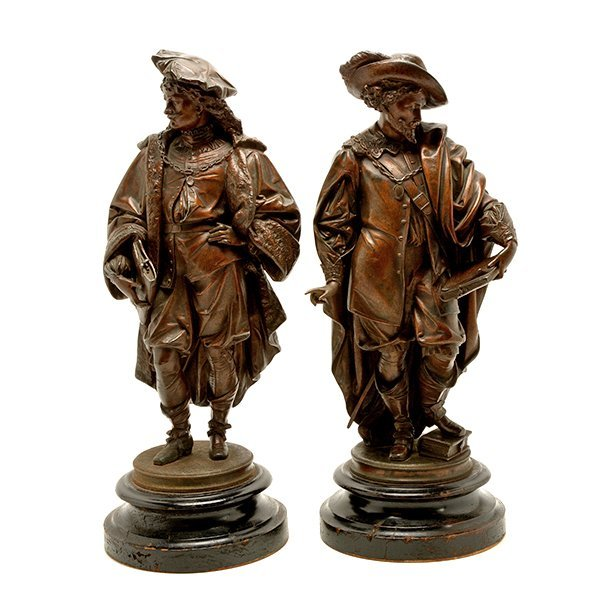 Pair of Patinated Bronze Figures of Renaissance - 2