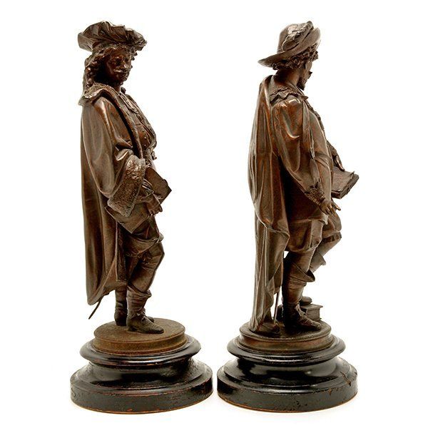 Pair of Patinated Bronze Figures of Renaissance - 3
