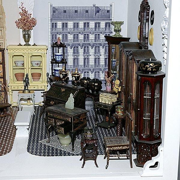 Mobilier pour la Maison Belle Miniature by Tom Roberts - 2