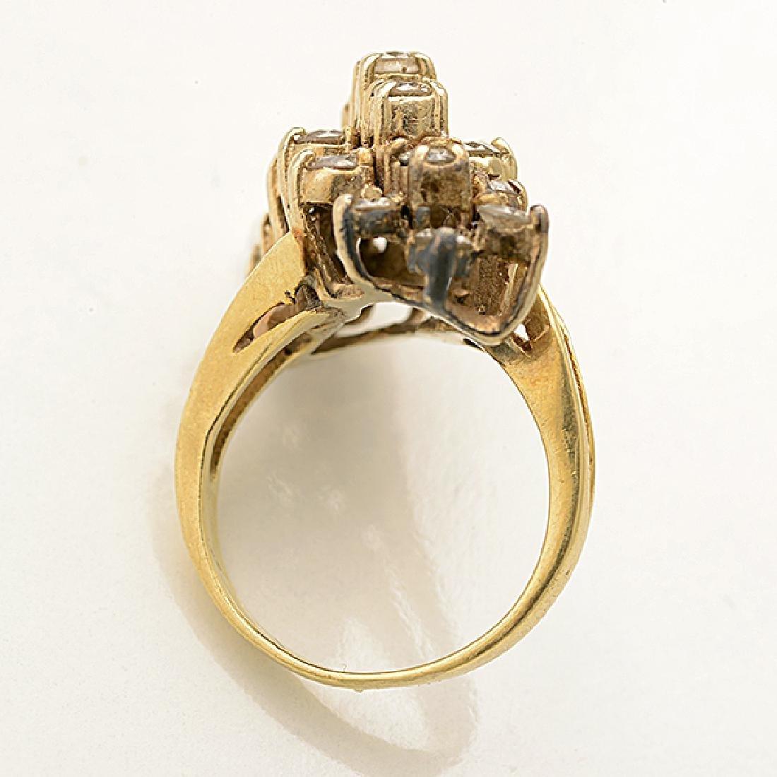 Diamond, 14k Yellow Gold Ring. - 3