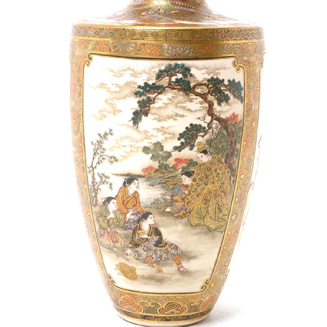 A Pair of Satsuma Vases By Okamoto Ryozan, Meiji Period - 8
