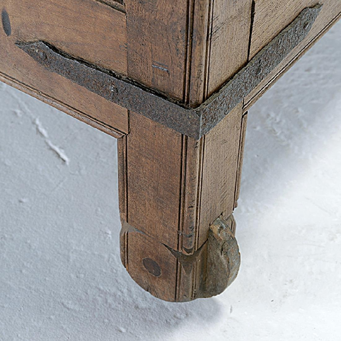 Large Anglo Indian Footed Dowry Chest with Iron Strap - 4