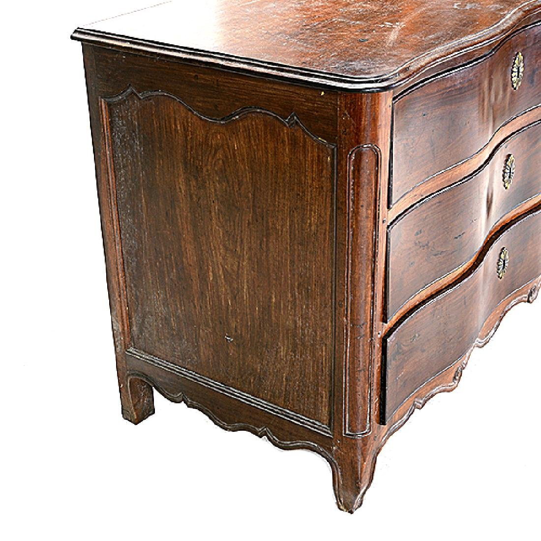 French Provincial Louis XV Walnut Serpentine Commode. - 2