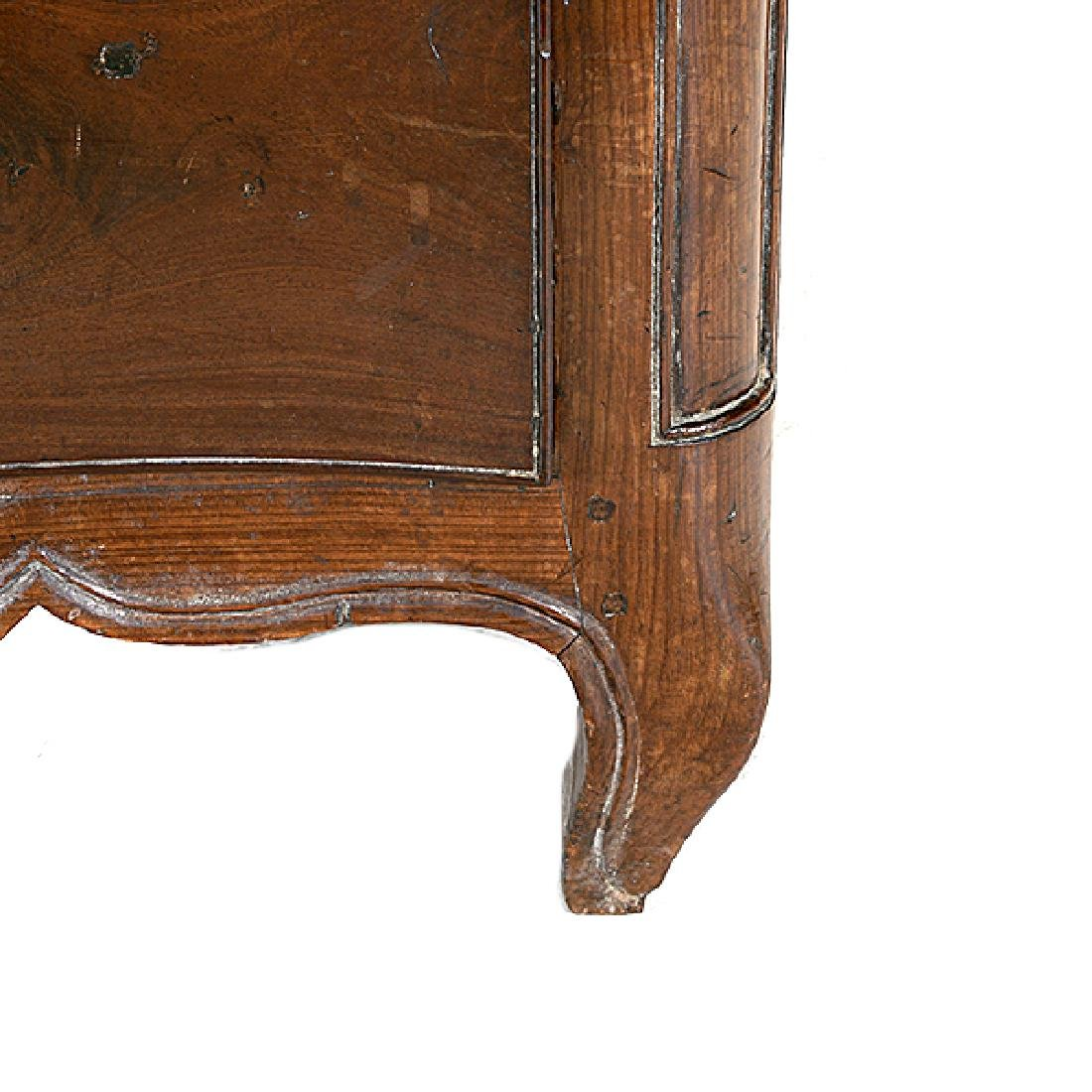 French Provincial Louis XV Walnut Serpentine Commode. - 5